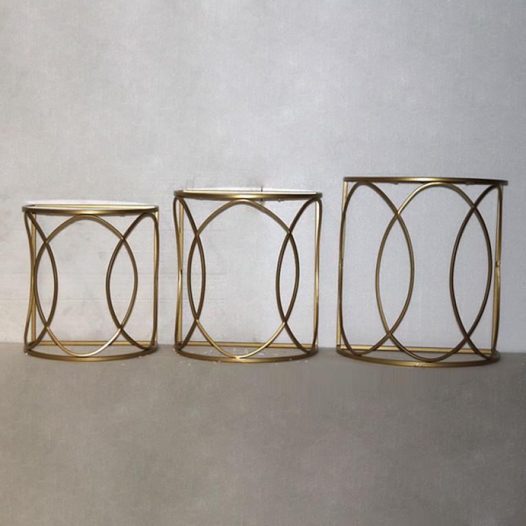 Conjunto de 3 mesas pequenas Golden (50 x 30 x 55 cm)